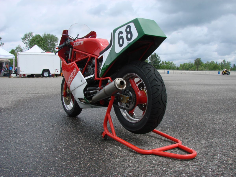 Ducati 750F1 Racer Gilles Lachance (2)